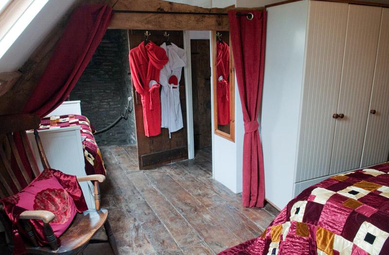 Ty Fferm Hen - Bedroom